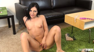 Ashli orion gets freaky real fast and makes herself gape open