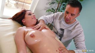 Redhead ashley graham gets a sexy massage