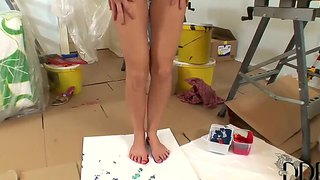 Sexy Artist Lulu Draws Pictures With Her Bare Feet