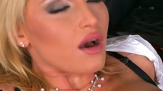 Kathia Nobili Is Successful Businesslady But She Also Not Against Of Slutty Action
