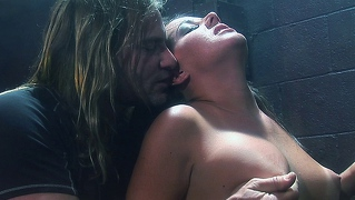 Sexy Milf Babe Getting A Hardcore Fuck From Evan Stone