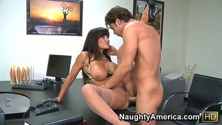 Lisa Ann With Massive Breasts Fucks A Lot Before Seth Gamble Bust A Nut