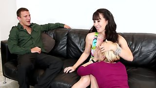 Ash Hollywood, Mr. Pete And Rayveness Are Fucking!