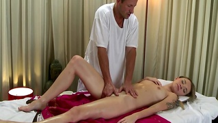 Petite Massage Client Fingerbanged And Then She Wants To Suc...