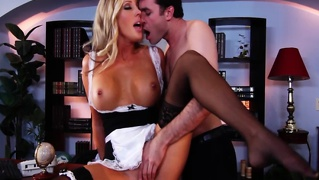 Babe Blows Stud After Oral From Her Eager Studs Cock