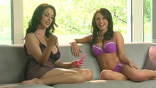 Gemma Massey Has Interview With Hot Babe