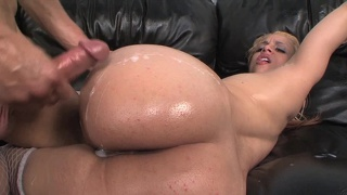 Taylor ray is a cocksucking master and fucker