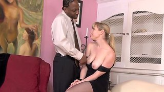 Pale Milf Adrianna Nicole Gives Head To Tone Capone