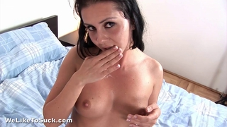 Amateur Brunette Swallows To Impress