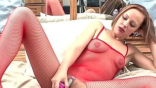 Penelope Sky Fucks Her Pussy With A Toy