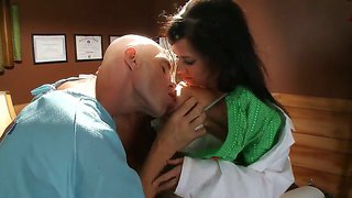 Doctor Veronica Avluv Is Giving Patient Johnny Sin And Kristal Summers Some Sizzling Hot Sex Treatment