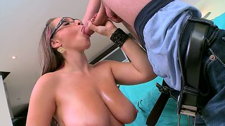 Jasmin Mouth Is Made For Fellatio