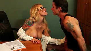 Alan Stafford And Sarah Jessie Have Oral Fuck