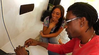 Negro Interracial Amateur Posando