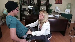 Horny Professor Nina Hartley Is Showing Young Xander Corvus The Lusty Ways Of Hardcore Loving