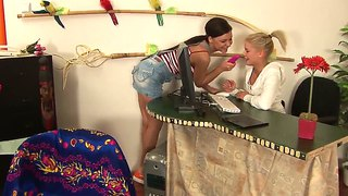 Petite Cherry E Gets Anughty With Her Girlfriend