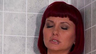 Milf Carrie Ann Is Banging In The Shower