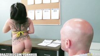 Brazzers - Casey Cumz Gets Dirty While At Work And Teases Her Boss