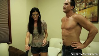 India summer performs a steamy cfnm blowjob with her hung co-star