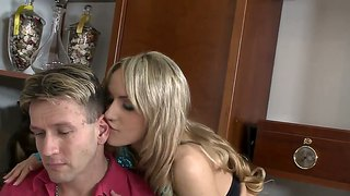 Leyla Black Wants To Be Banged By Two Men