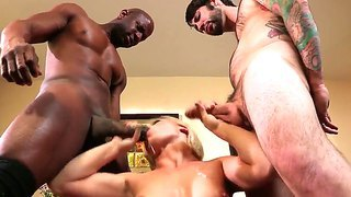 Blonde Ash Hollywood Has Hot Interracial Threesome