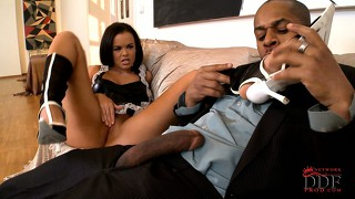 Horny maid gets her toes licked and gets her cunt licked by black dude