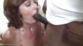 Mature Sucking And Rubbing Two Bbc