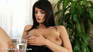 The passion cynthia puts into pleasing her pussy reveals how much she loves to do it