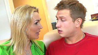 Blonde milf tanya tate uses her fascinating experience to seduce young bill bailey