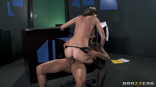 Slutty Sex-Toy Jennifer Dark Feeds Her Hunger For Hard Cock