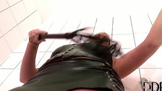 High Heel Woman Paige Delight Shows The Sexy Action