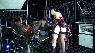Fetish Strapon Latex Female Domination