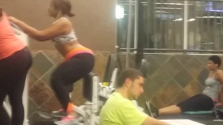 Candid Workout Girls: Thighmaster!!