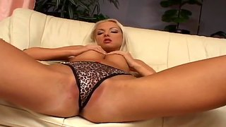 Slutty Veronika Symon Masturbating Hard And Moaning