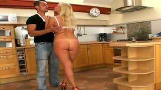 Sweet Blonde Girl Sofia Is Fucking With Renato