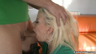 Jessie Bolt Is A Hot Blonde Addicted To Milk