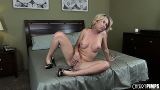 Sweet jeanie marie is a horny blonde babe on the bed, ready to masturbate
