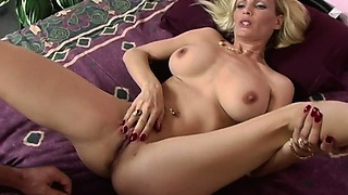 She?s a cougar who loves to take control and ride on his cock