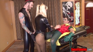 Black Canary Sells Robin's Ass Cosplay Pegging Bi Sex