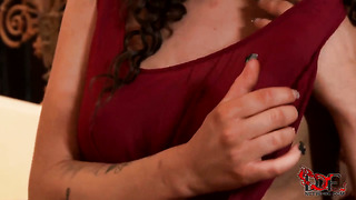 Brunette becky holt can't live a day without fingering her love tunnel
