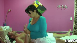 Cocky myka making a sensitive massage and swallowing her clien't huge tasty wiener