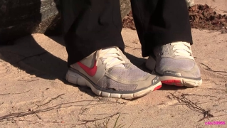 Kat Nike Free Sneaker Shoeplay Noise Crush Full Video