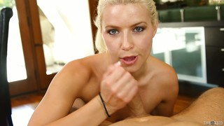 Brand new tanned student stretches her ravishing joy hole with a slim assault ri?e