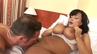 Sweet Housewife Lisa Ann Fucking With Her Husband