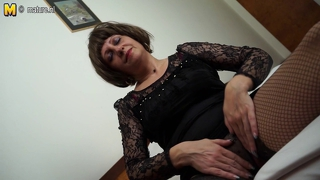 Amateur 55Yo Mother And Her Old Wet Pussy
