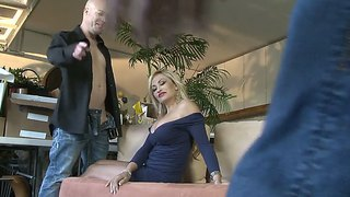 Voluptuous Milf Claudia Valentine's Animistic Desire Is Fully Aroused When She Saw Jenner's Huge Rod