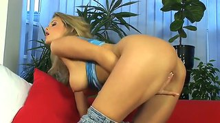 Check Out With Delicious Glamourous Blonde Slut Zoe Mcdonald Getting Herself Off