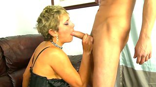 Mature Chloe Wilder Passes The Test Of Time And Pleases Alex Gonz With Her Experienced Twat