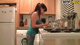 Brandy Makes A Blowjob And Fucks In The Kitchen