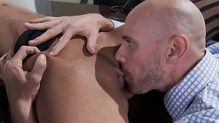 Bossy anissa kate gives johnny sins a sex project